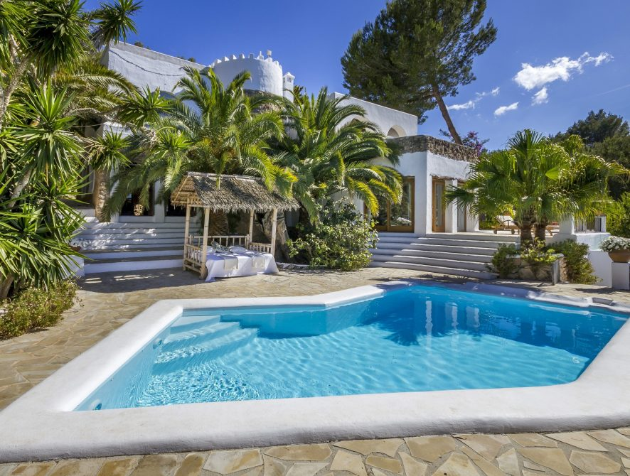 Villa-Fantasy-8 bedroom property in Ibiza for Sale
