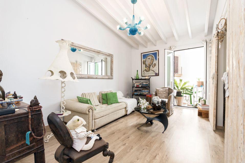 Dalt Vila Apartment