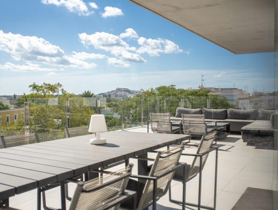 Luxury Penthouse (35)
