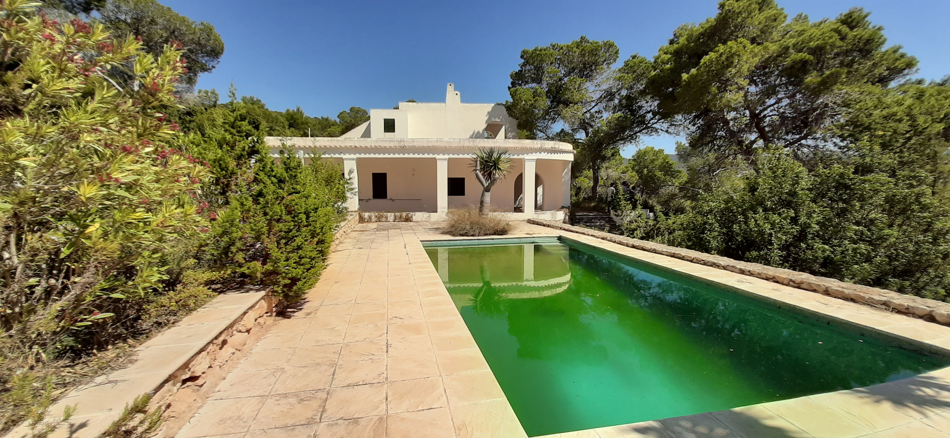 villa reformation project for sale